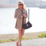 Dale Steliga Savvy Spice fashion blog Juicy Couture trench coat navy red and white dress Zara heels 150x150