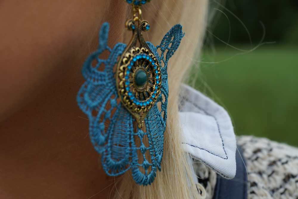 Big earrings-Savvy-Spice-fashion-blog
