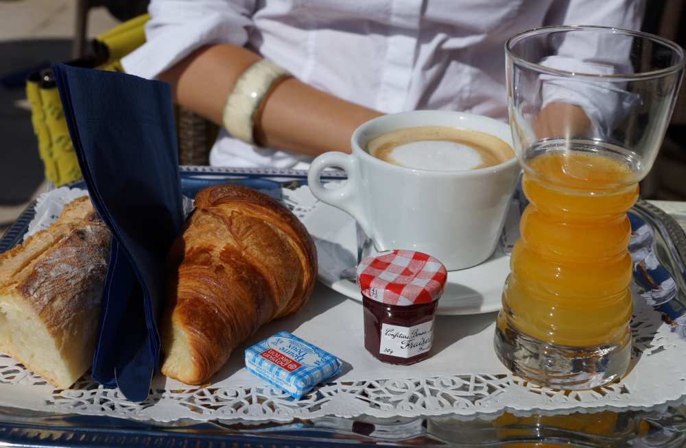 French-Breakfast-Croissants