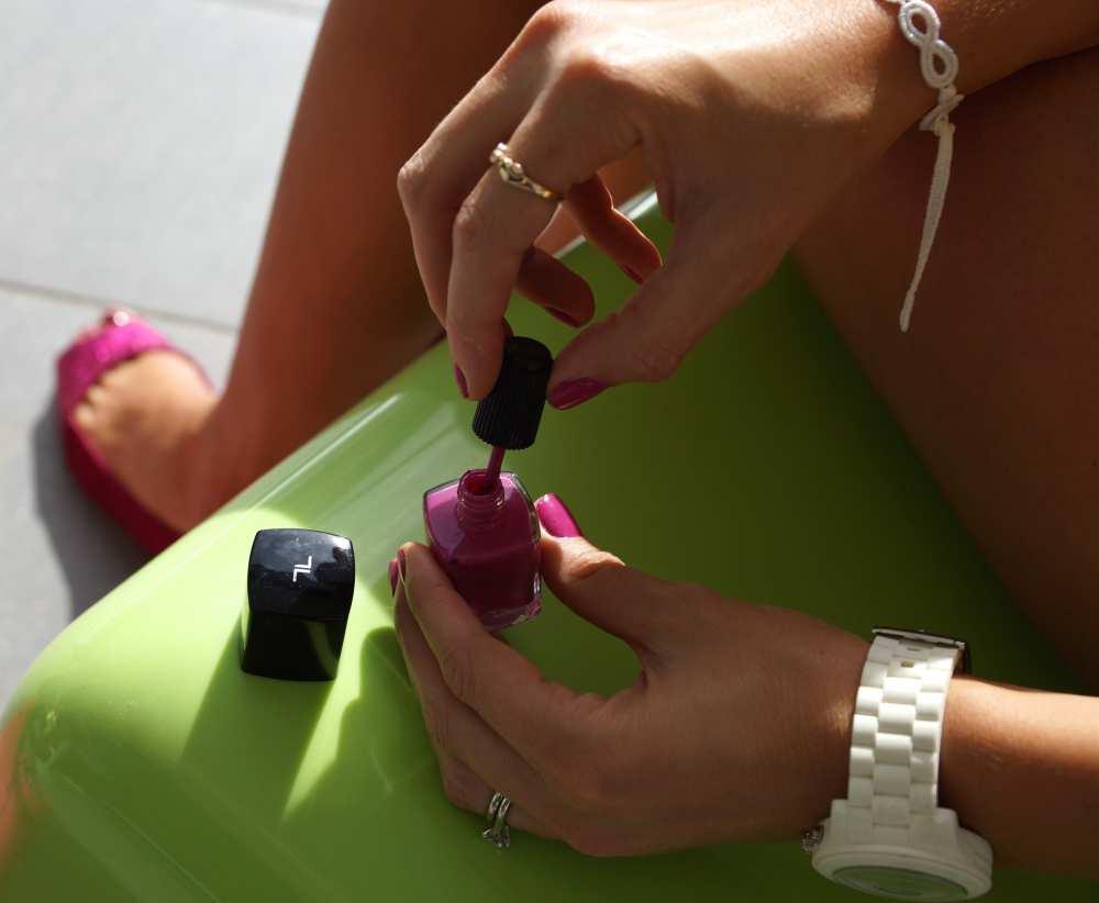 Savvy Spice fashion blog Dale Janee LVX nail polish