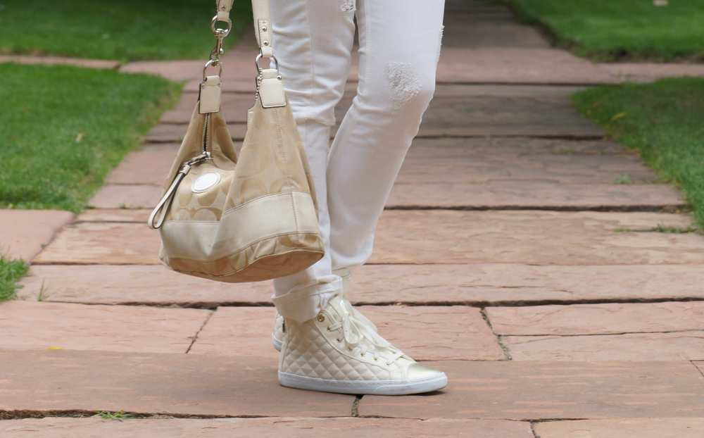 White-Geox-Shoes-Savvy-Spice-Fashion-Blog-Dale-Janee