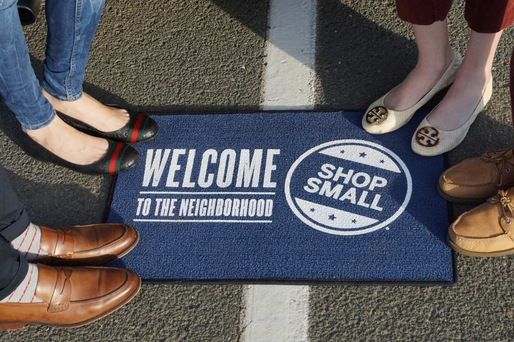 rsz small business saturday dale janee savvy sleepers