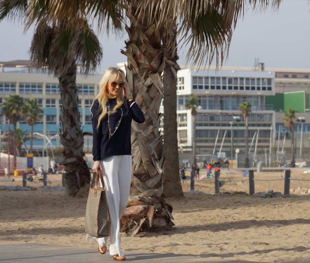Barcelona-Savvy-Spice-H&M-Jumpsuit-white-navy-blue-sweater