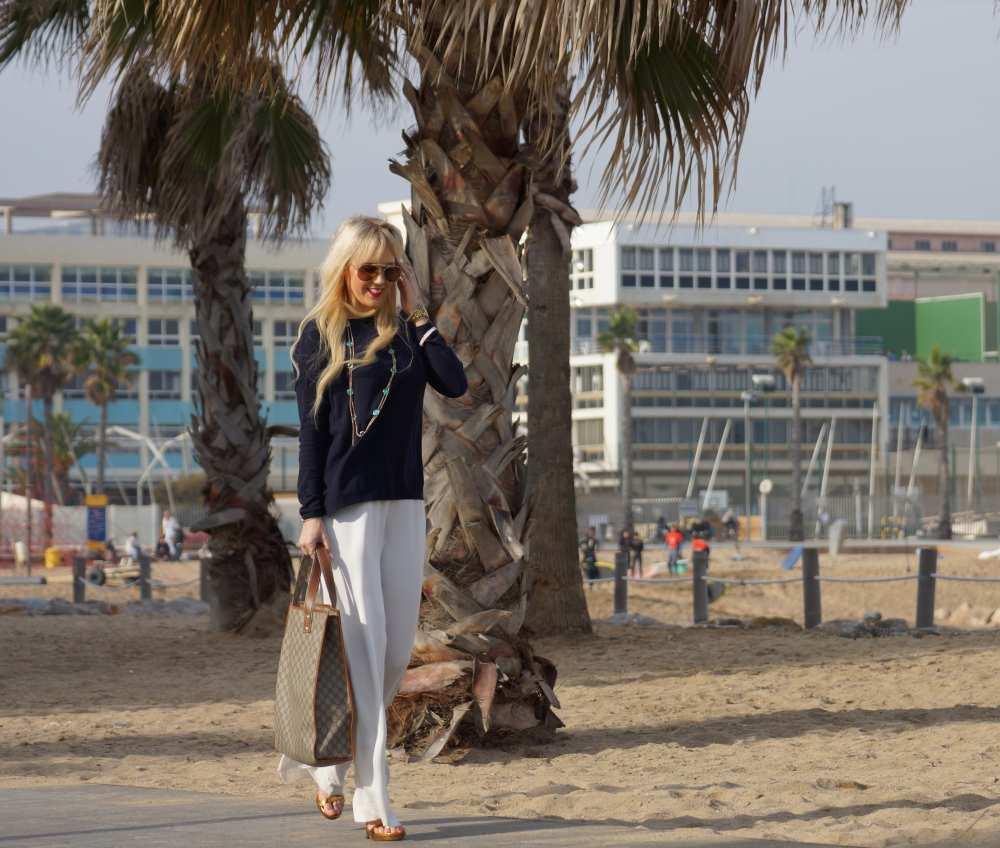 Barcelona-Savvy-Spice-H&M-Jumpsuit-white-navy-blue-sweater