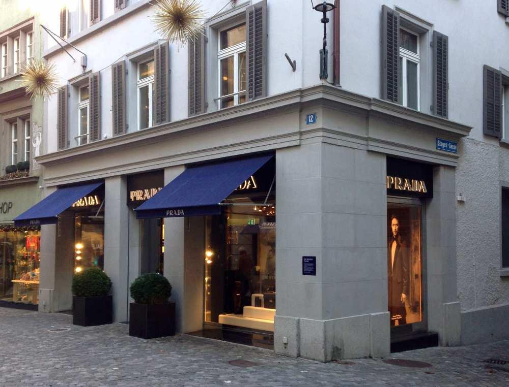 Savvy Spice Prada Store Zurich Trois Pommes