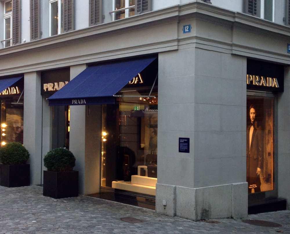 Trois-Pommes-Prada-Zurich-store