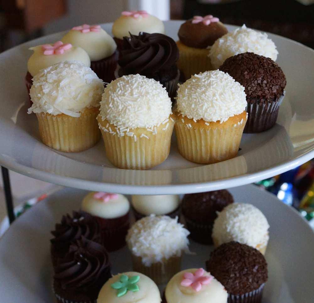 Kara's-Cupcakes-Savvy-Spice-baby-shower-San-Francisco