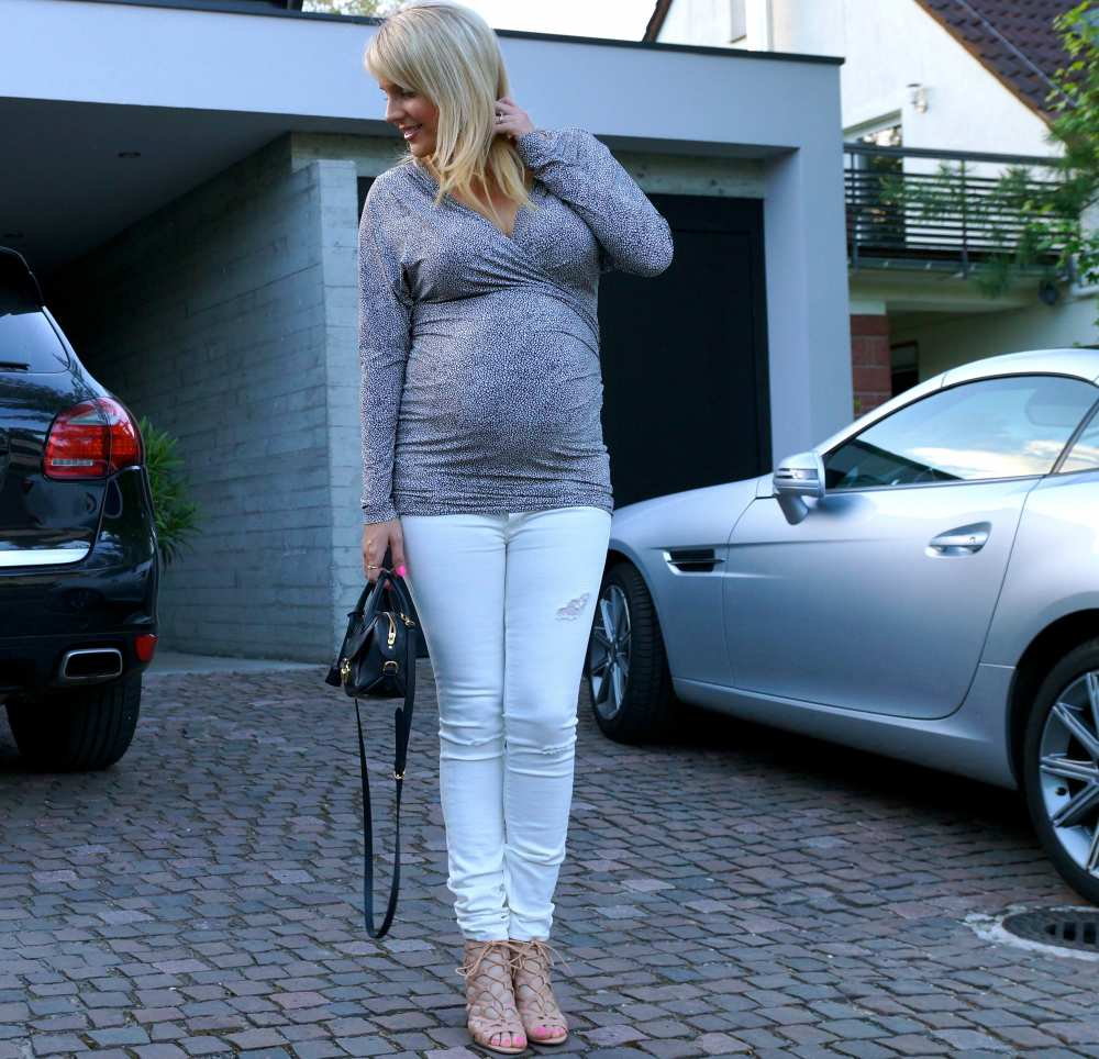 What to Wear 8 months pregnant