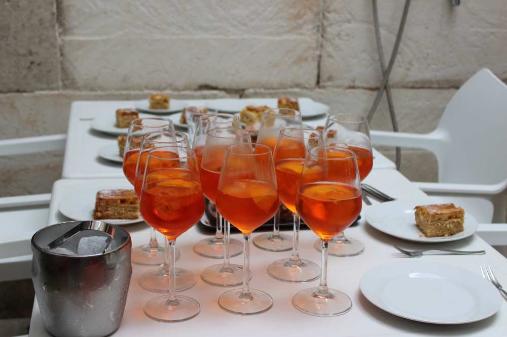 Aperol-Spritz-cocktail-party