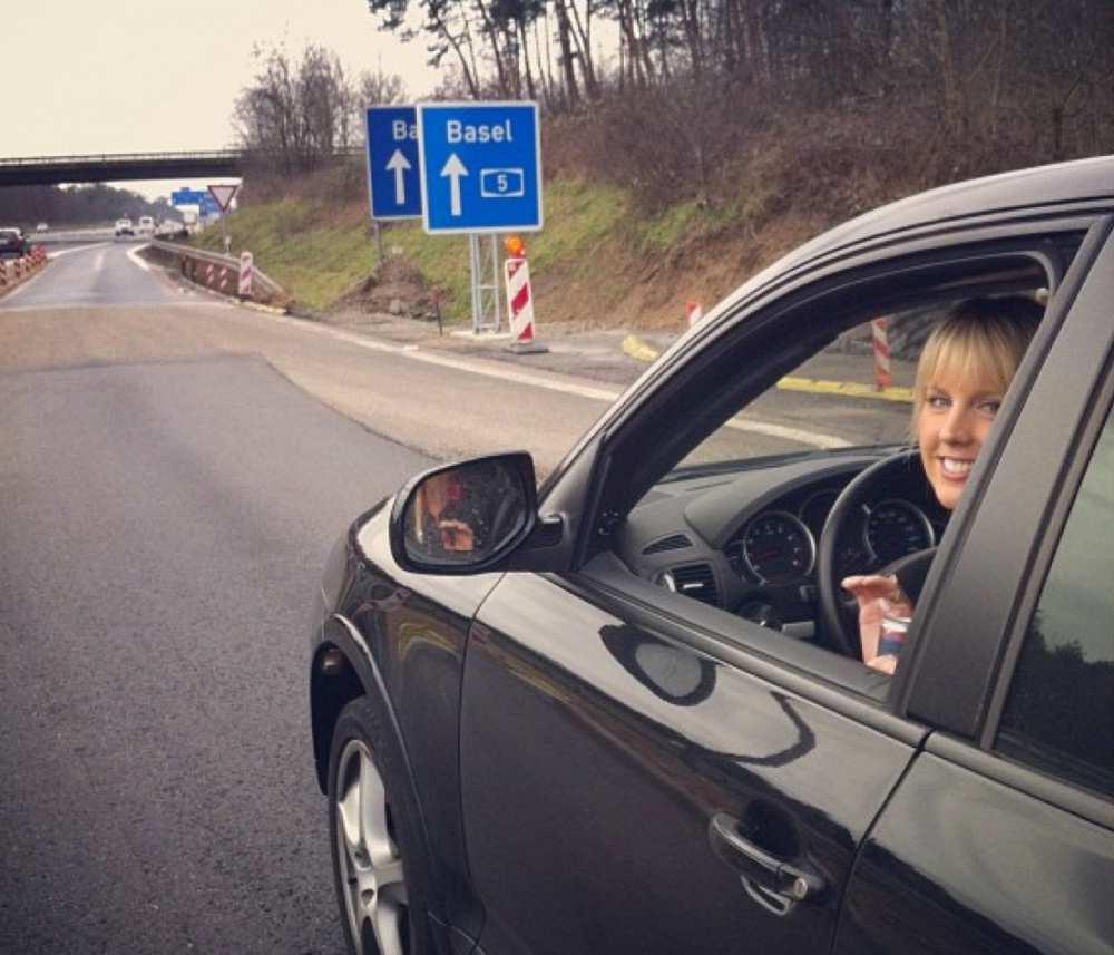 Driving Autobahn Savvy Spice