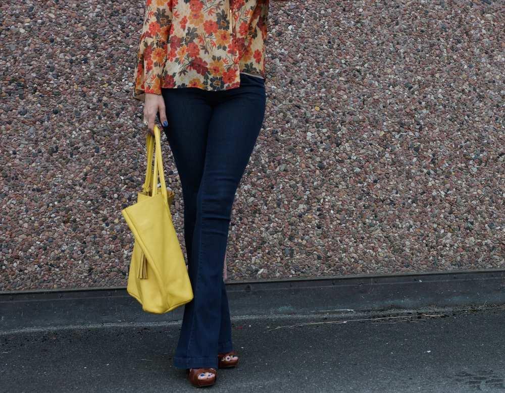 Savvy Spice yellow Adora bag