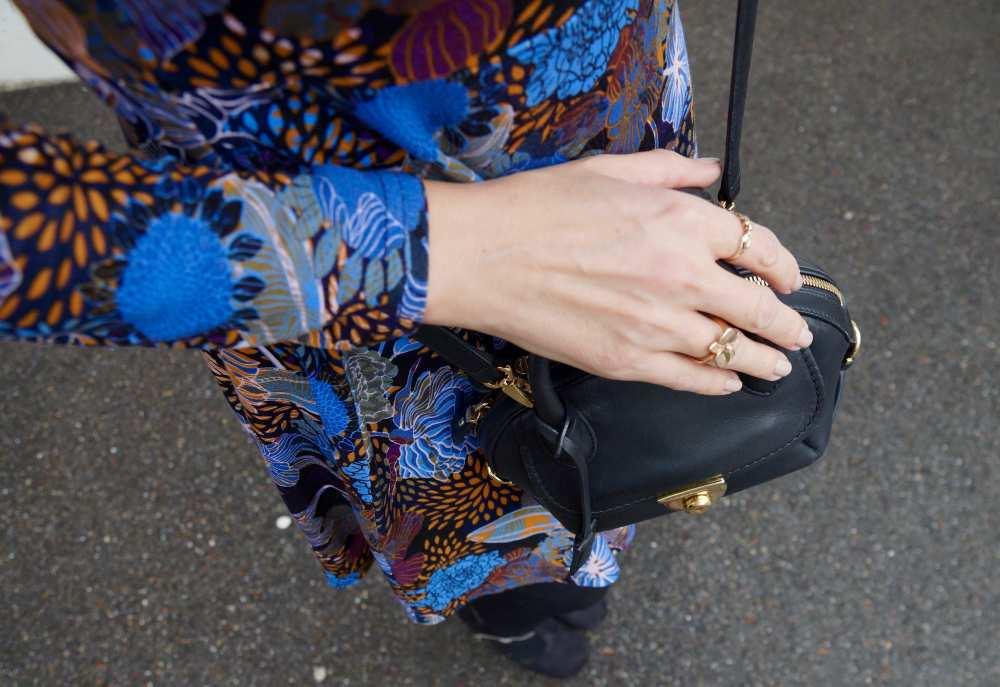 Cartier-Rose-gold-flower-ring