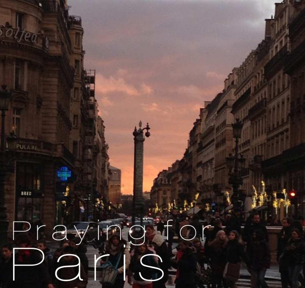 Praying-for-Paris