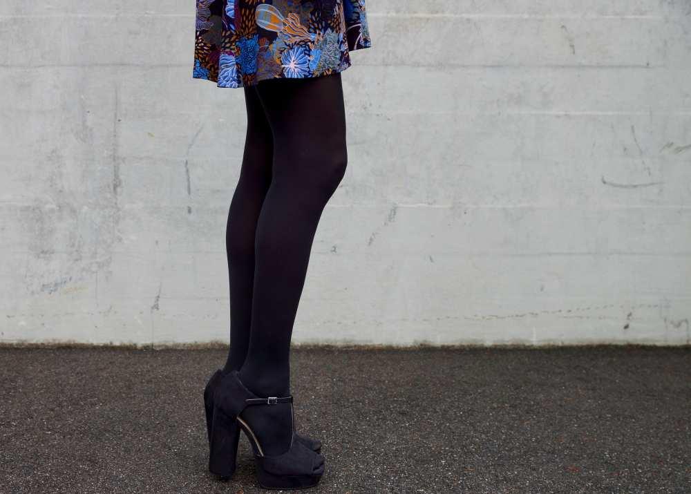 black-suede-chunky-heels