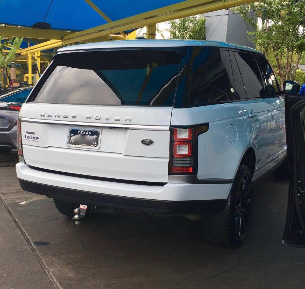 Range Rover with Trump sticker