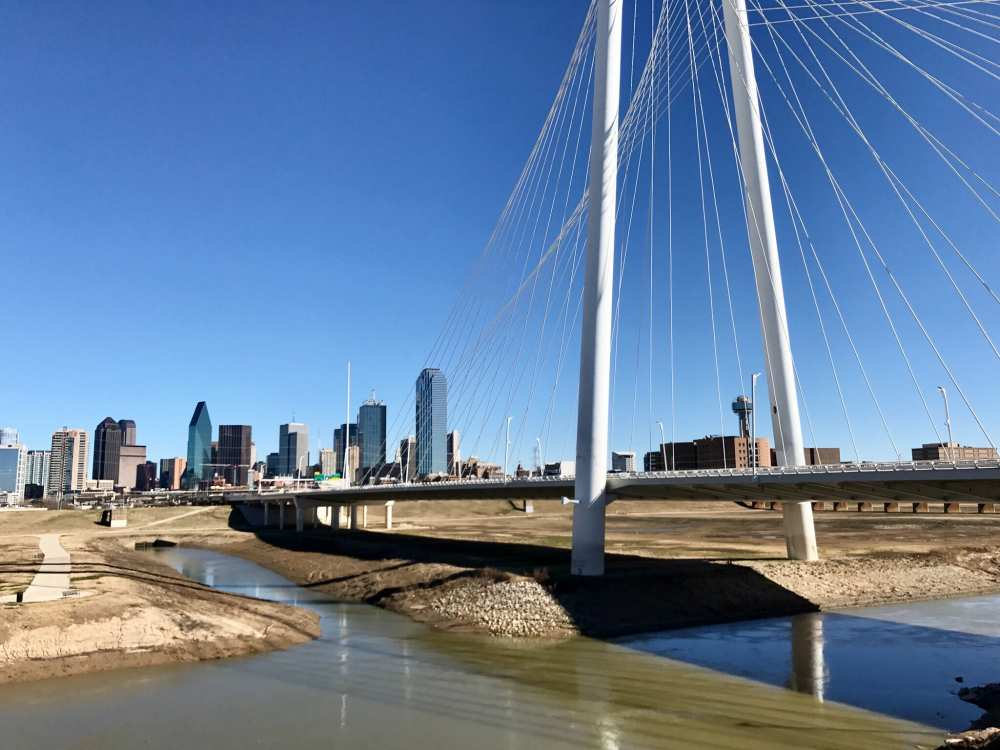 Dallas-Texas-Trinity-Groves-walk-across-the-bridge